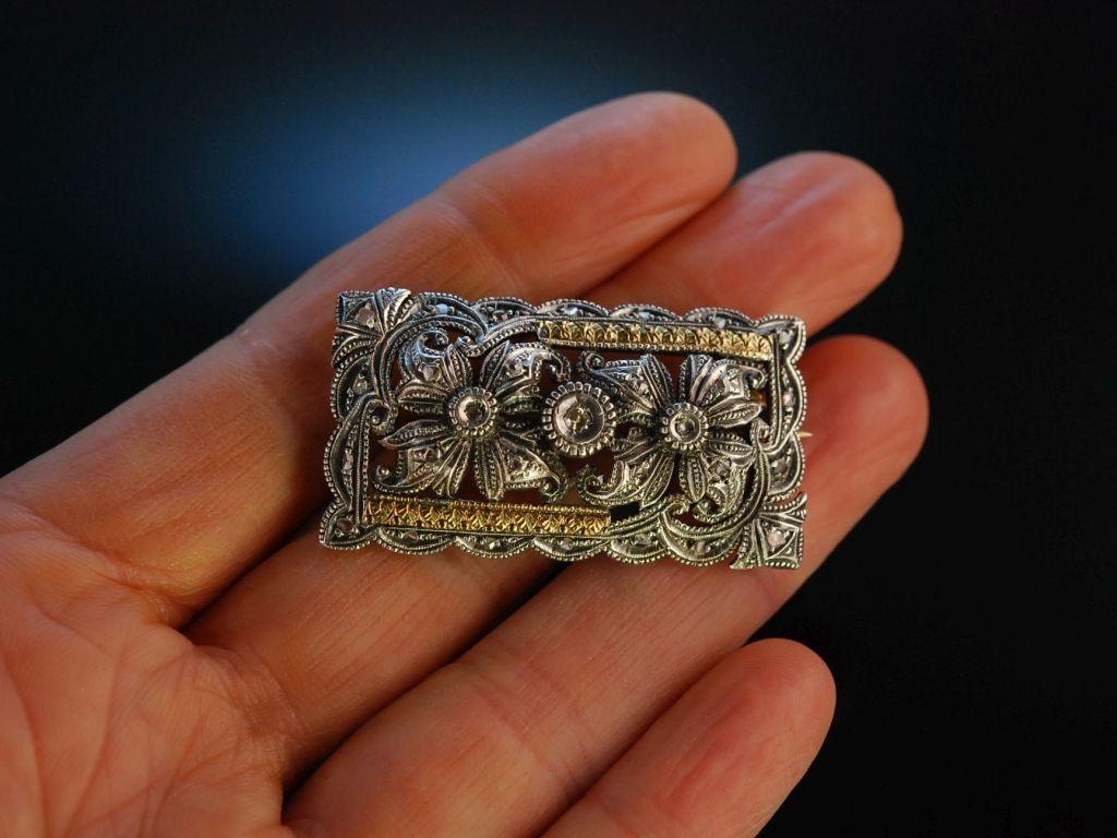 antike brosche zur tracht silber goldverb det diamanten um 1900. Black Bedroom Furniture Sets. Home Design Ideas