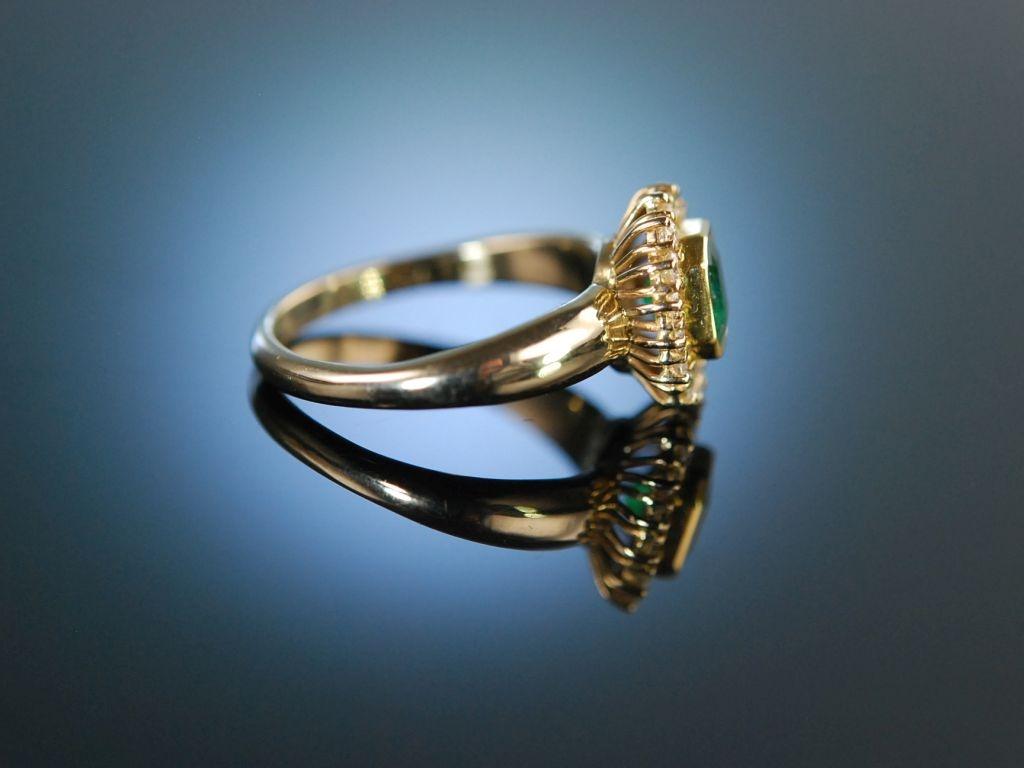 Finest Emerald Klassischer Ring Gold 750 Brillanten Smaragd 1 190 0