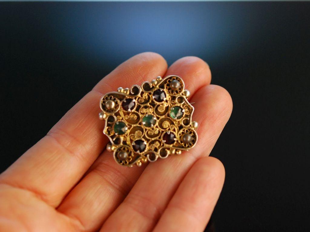Siebenb rgen um 1880 historische brosche silber vergoldet for Rote ziersteine