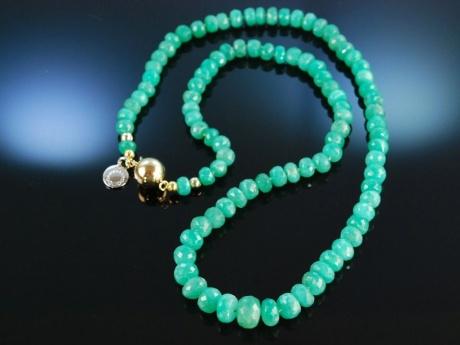 green emerald feine smaragd kette in verlauf gold 585 799 00. Black Bedroom Furniture Sets. Home Design Ideas