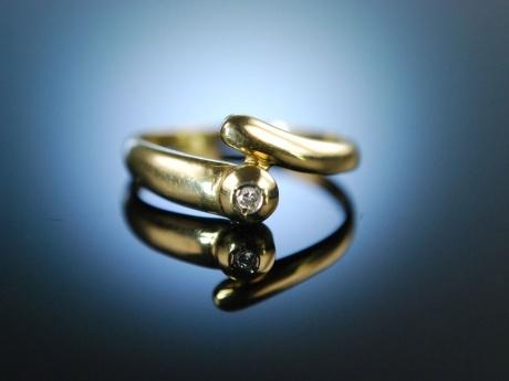 modern classic klassischer diamant ring verlobungsring brillant gold. Black Bedroom Furniture Sets. Home Design Ideas