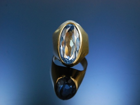 Ring Verneuil Spinell Gold 750