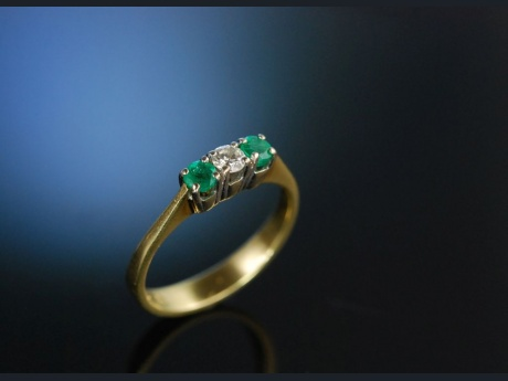 Sweet Darling! Feiner Ring Smaragde Brillant Gold 585 / 14 Kt Vintage